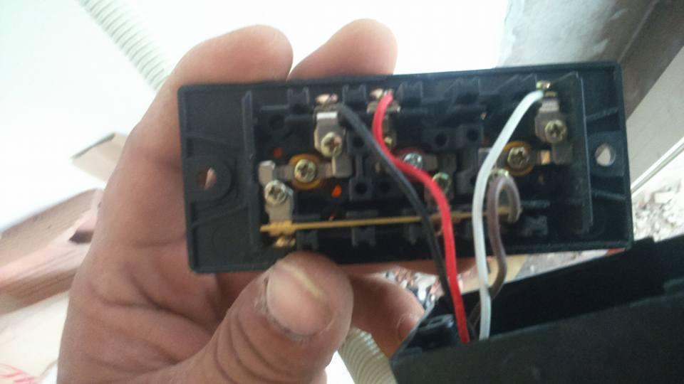 sửa nguồn điện bị chập