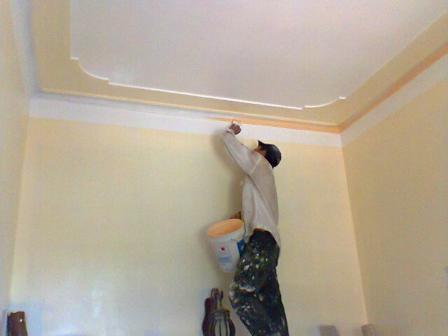 Thợ sơn lại nhà cũ tại Biên Hòa